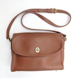 Coach vintage brown leather cross body purse bag